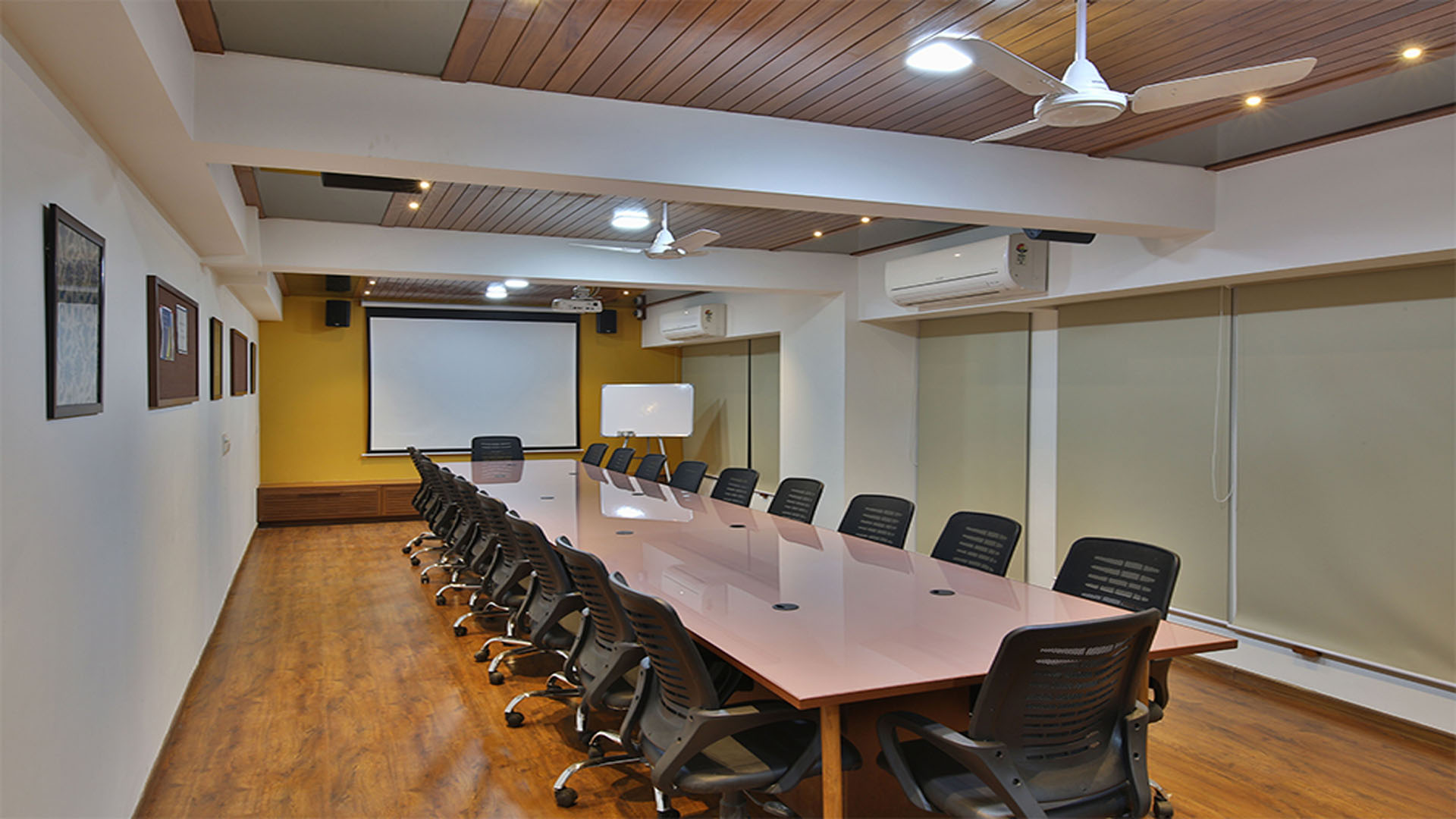 Large Focus Group Room